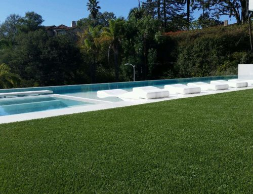 Are Artificial Lawns and Pools a Match Made in Heaven?