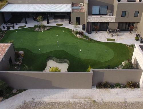 Private 3000+ square feet backyard putting green? Yes, please!